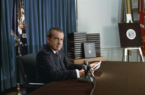 Nixon releases White House tapes